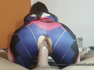 PAWG D.Va Overwatch cosplay..