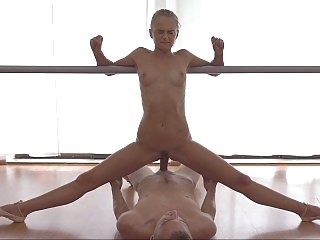 Splits and blowjobs