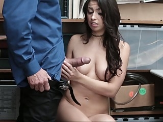 Sexy thief sucking cock