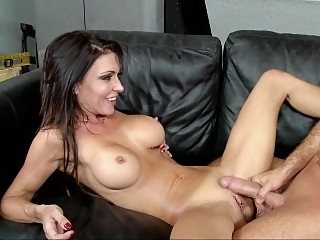 Horny cougar wants to have..