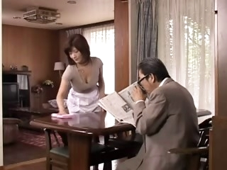 Mature Japanese mother..