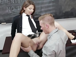 Sweet schoolgirl gets her..