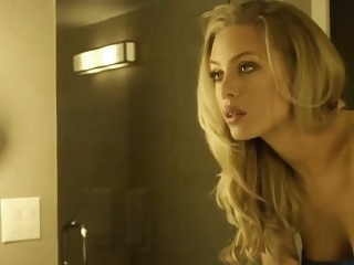 Nicole Aniston is for me..
