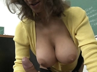 My teacher's boobs bounce as..